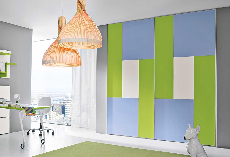 Armadio scorrevole e colorato puzzle clever it - Pomelli colorati per mobili ...