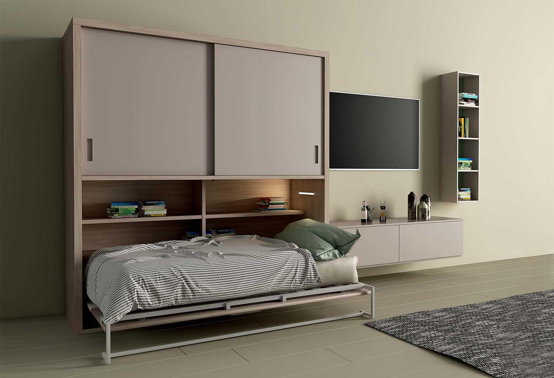 Il mobile contenente il letto è dotato di mensole e illuminazione interna