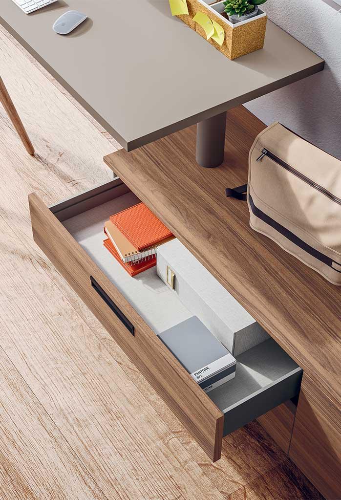 Dettaglio cassettiera con maniglia ad incasso