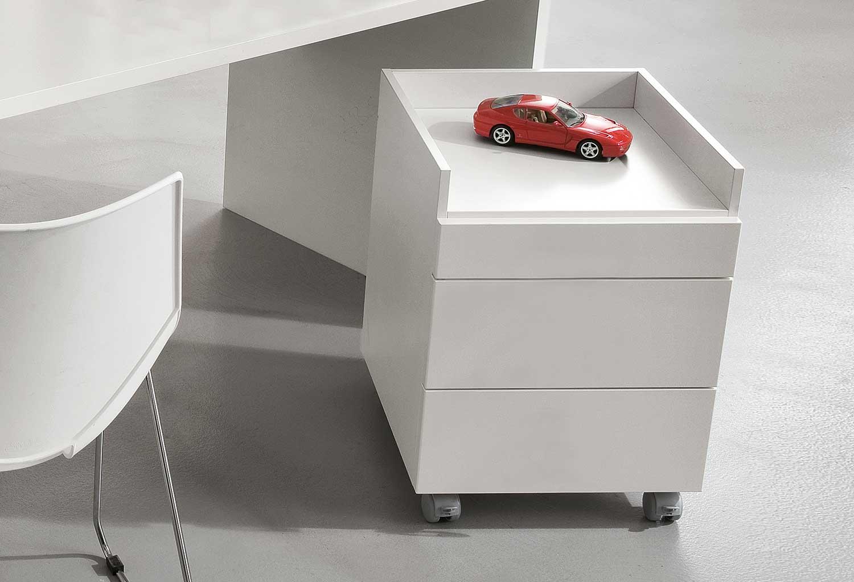 Cassettiera con 3 cassetti e vaschetta portadocumenti superiore