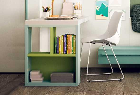Scrivania con gamba libreria ideale in cameretta