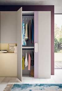 "2 door wardrobe Slim with Para handle. Interior in ""Prestige"" pack"