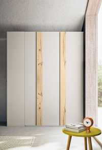2 door wardrobe with wooden inserts