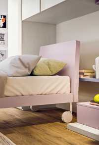 Arché single bed on wheels