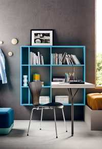 Gate bookshelf with integrated desk
