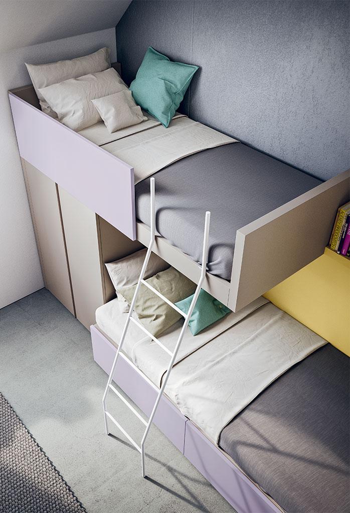 Il letto a castello è dotato di scaletta frontale a pioli in metallo