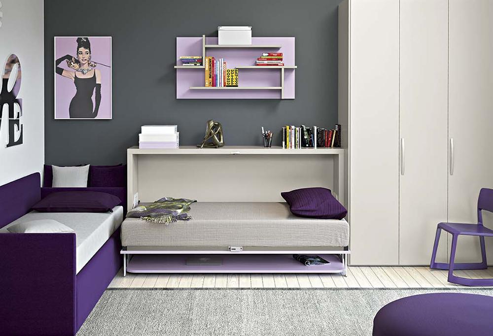 Il letto abbattibile offre un secondo posto letto comodo e multifunzionale