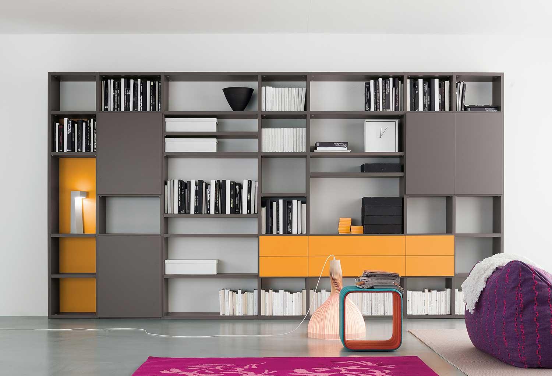 Libreria componibile e personalizzabile per dimensioni, modelli, colori