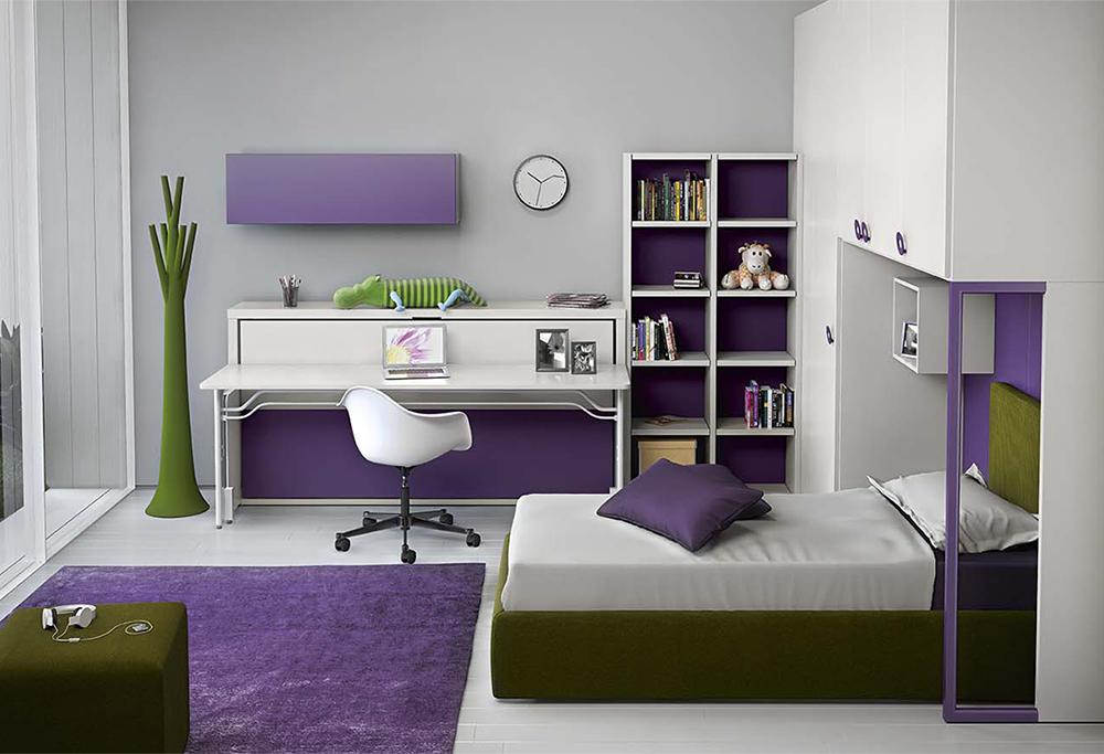 Di giorno funge da scrivania, all'occorrenza si trasforma in letto per gli ospiti