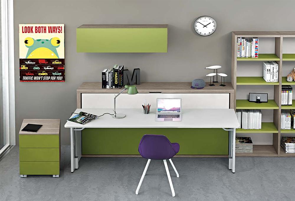 Pensile Box posizionato sopra a scrivania