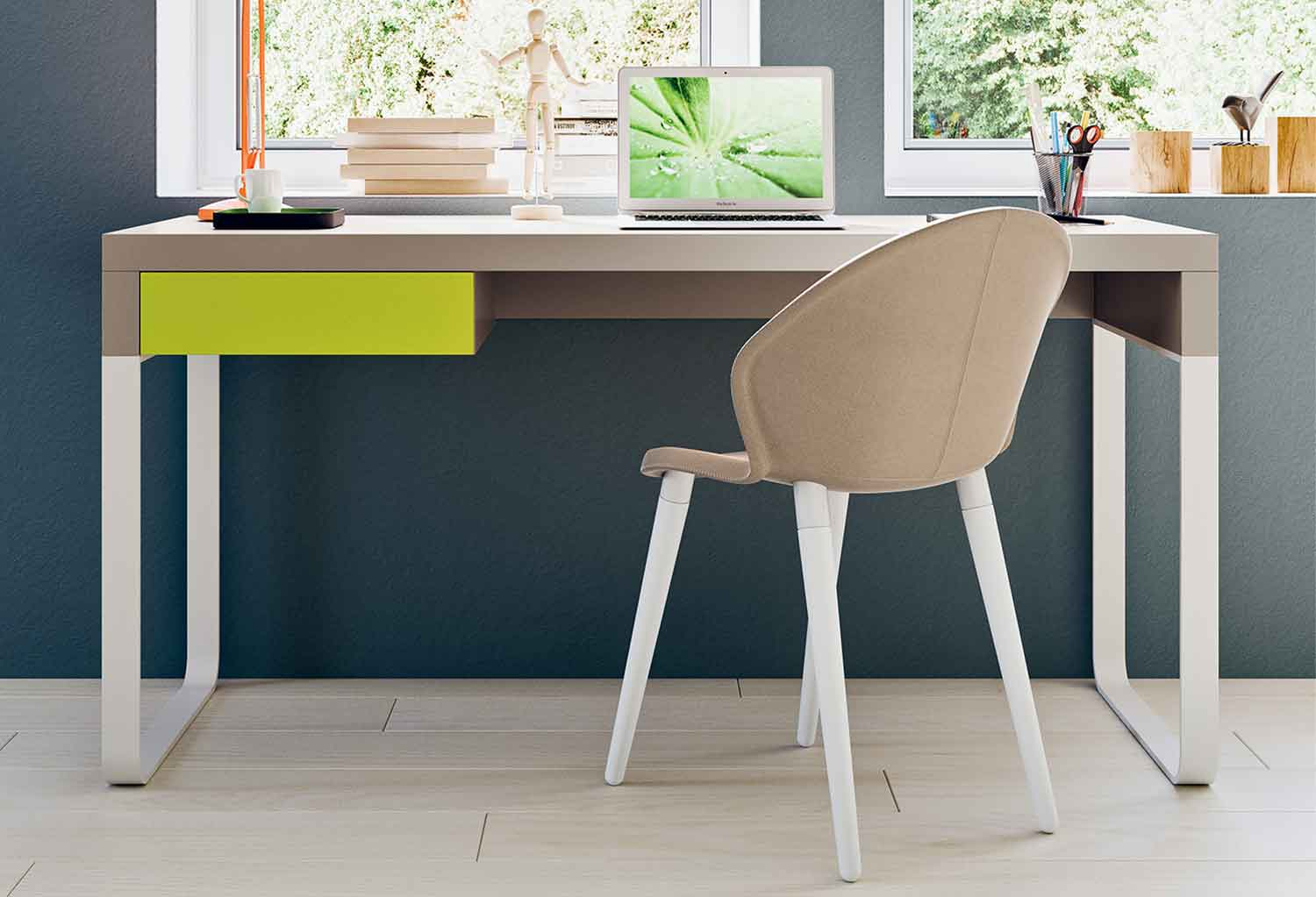 Kids' desk with one drawer and sleek sleigh legs