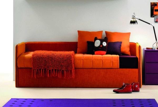 Letto singolo a forma di divano Hinge