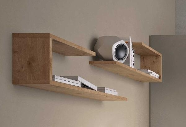 Mensole in legno di rovere per la camera dei ragazzi